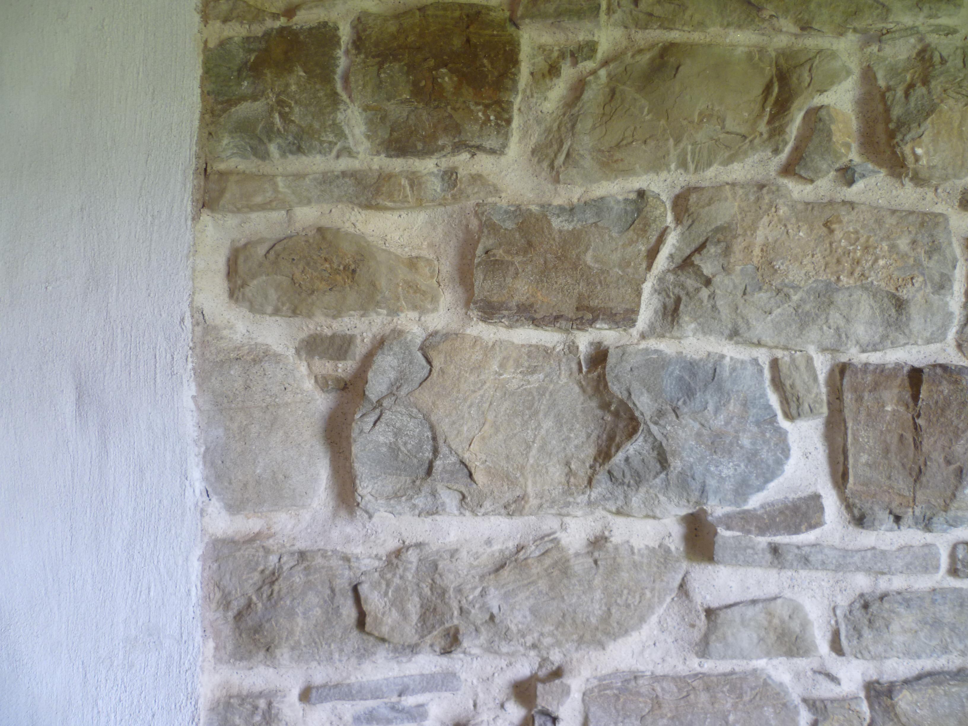 Muro Fatto In Pietra rimasti di stucco | thin(k) freedom